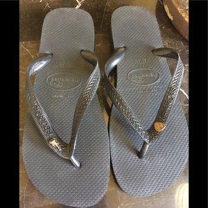 Havaianas Top Ladies Black Sandals, US 9!